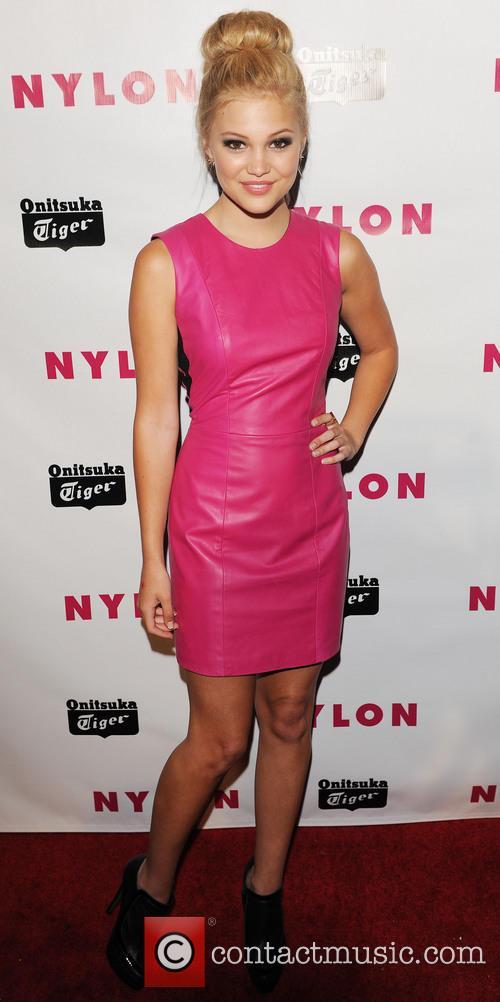 Olivia Holt 4