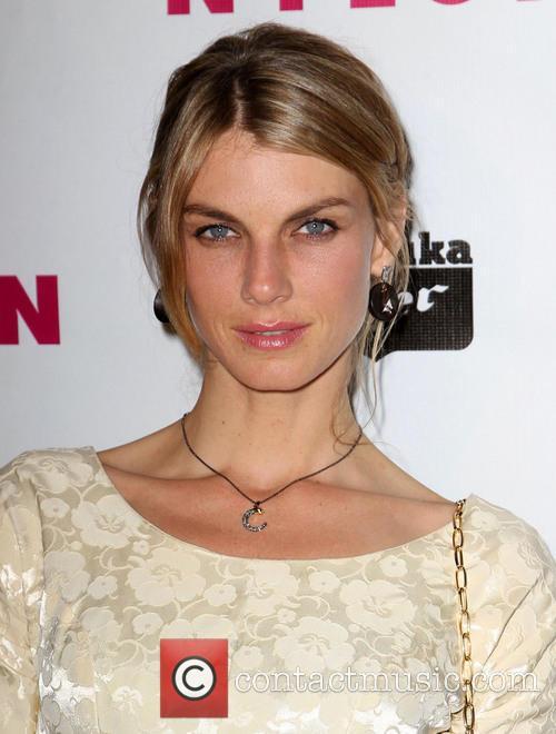 Angela Lindvall 2