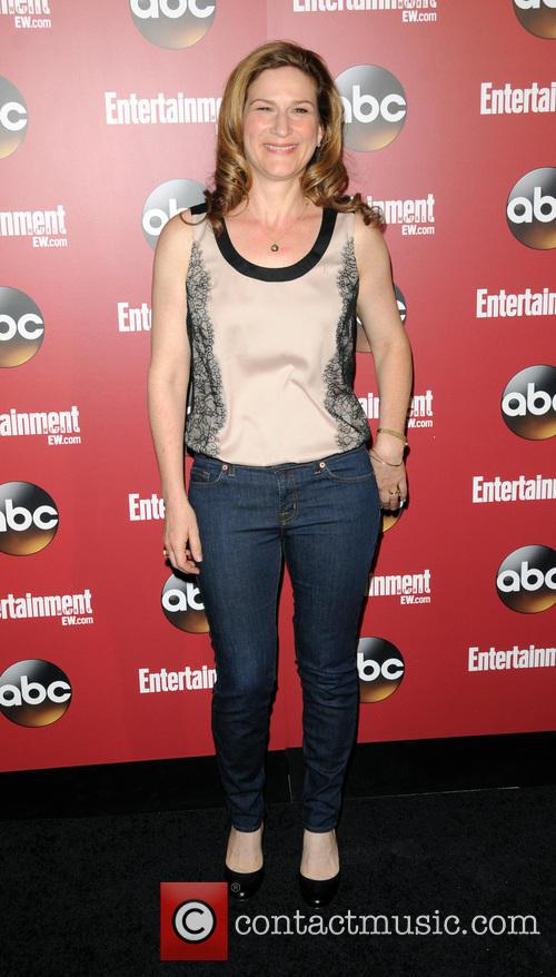 ana gasteyer entertainment weekly and abc  3664462