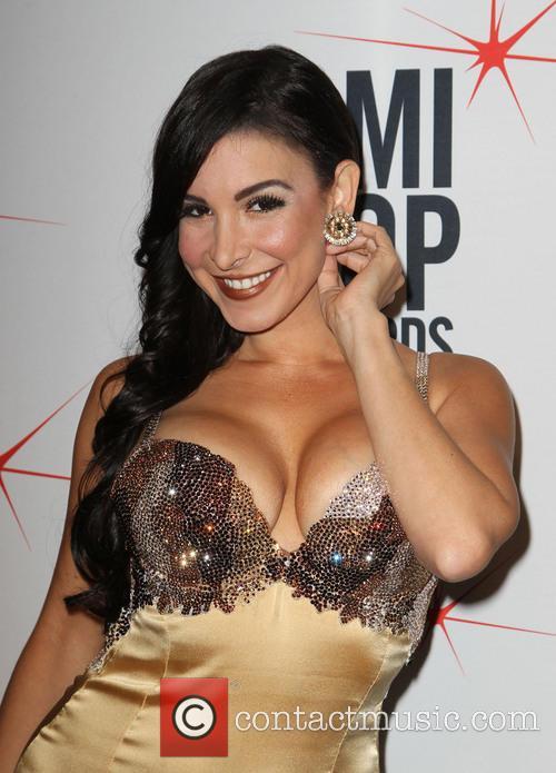 Mayra Veronica 3