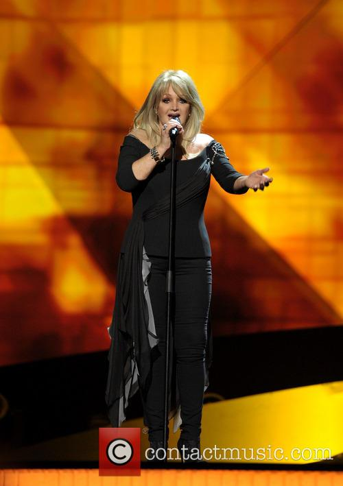 Bonnie Tyler rehearsing during Eurovision