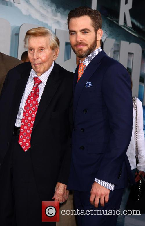 Sumner Redstone and Chris Pine 3