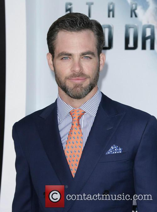 chris pine los angeles premiere of paramount 3663769