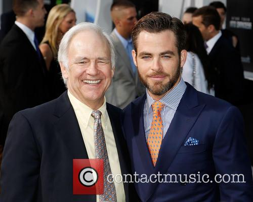 Robert Pine and Chris Pine 4