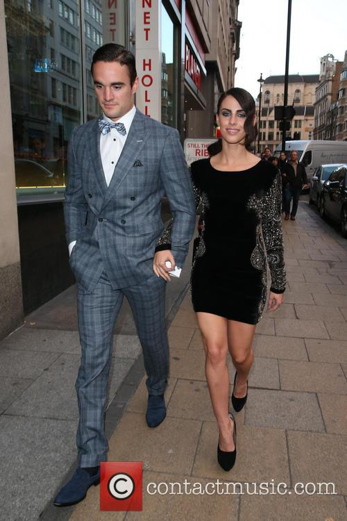 Thom Evans and Jessica Lowndes 5