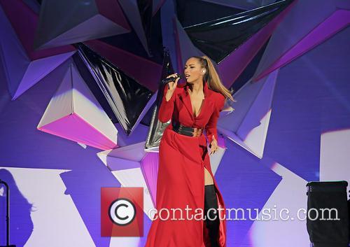 Leona Lewis 40