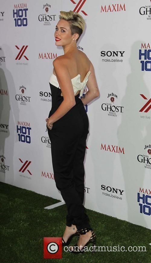 Miley Cyrus, Vangard