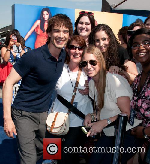 Chris Gorham 1