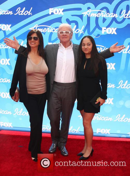 Stella Arroyave, Anthony Hopkins and Niece 1