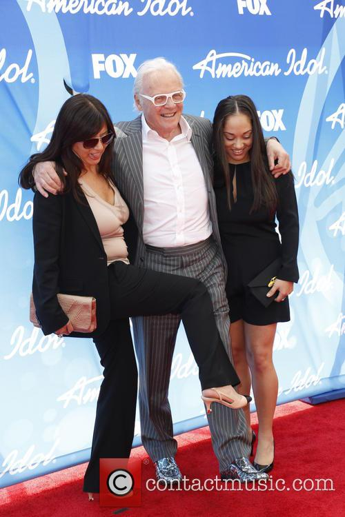 Stella Arroyave, Anthony Hopkins and Niece 6