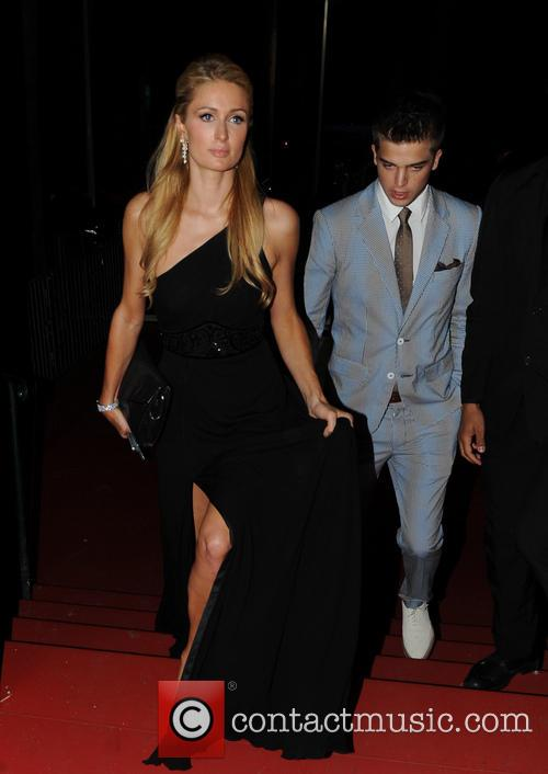 Paris Hilton and River Viiperi 3