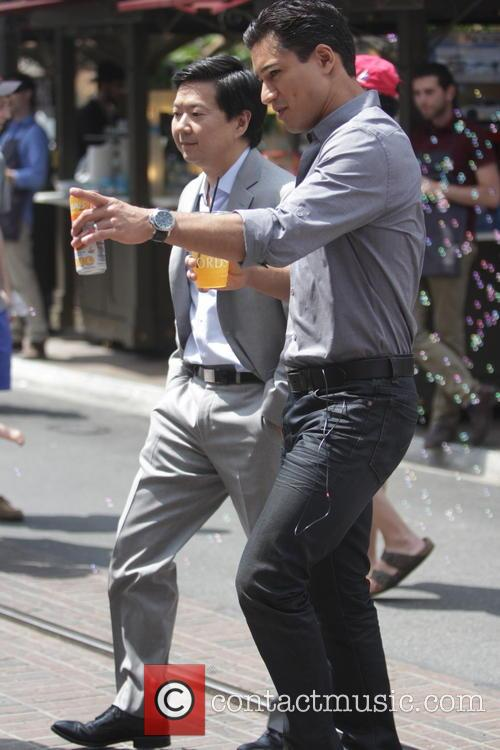 Ken Jeong and Mario Lopez 4