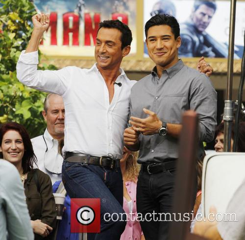 Bruno Tonioli and Mario Lopez 5