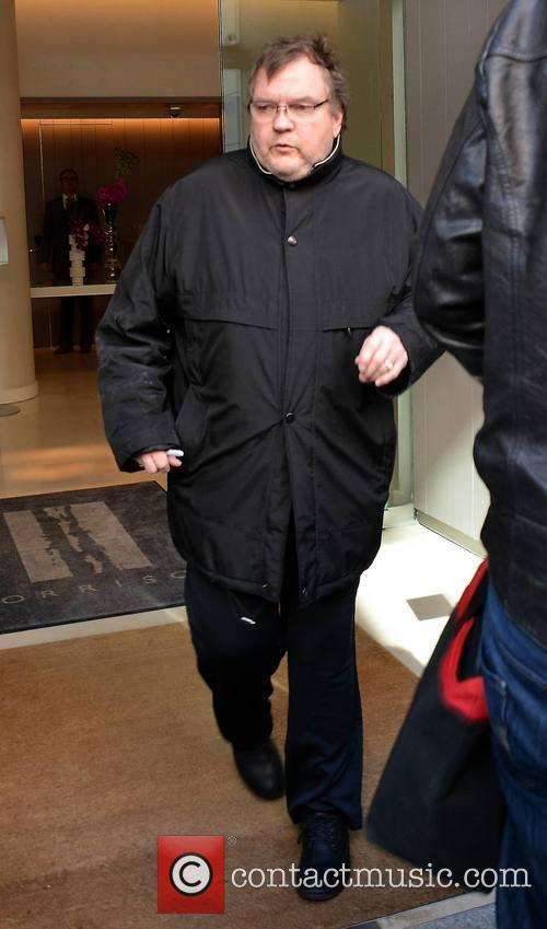 meat loaf meat loaf leaving his dublin 3669647