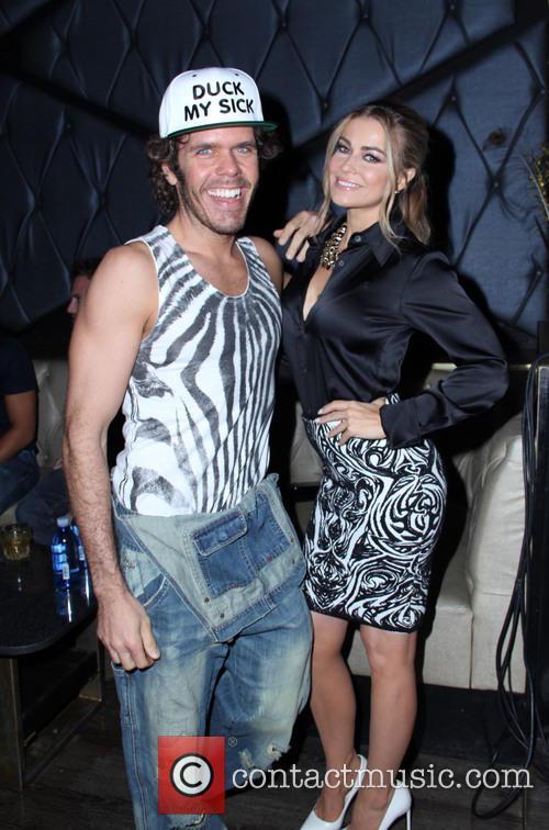 Perez Hilton and Carmen Electra 6