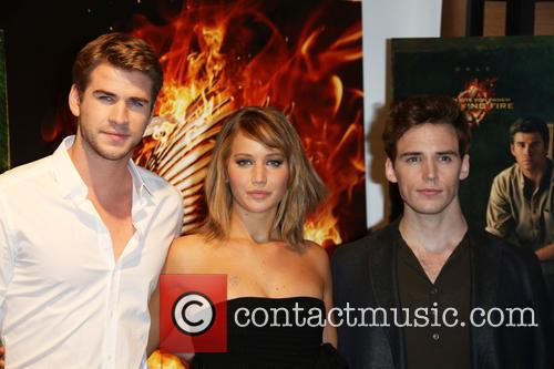 Liam Hemsworth, Jennifer Lawrence and Sam Claflin 7