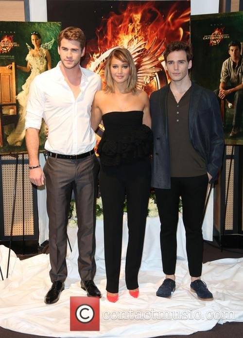 Liam Hemsworth, Jennifer Lawrence and Sam Claflin 5