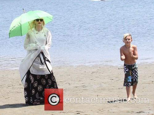 Gwen Stefani and Kingston Rossdale 16