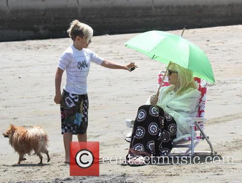 Gwen Stefani and Kingston Rossdale 33