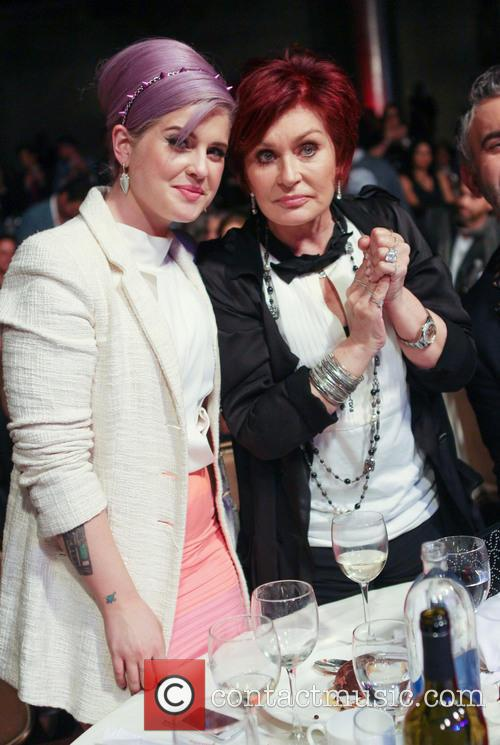 Kelly Osbourne and Sharon Osbourne 7