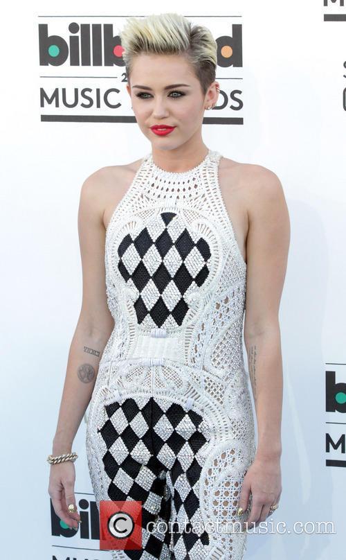 Miley Cyrus, MGM Grand