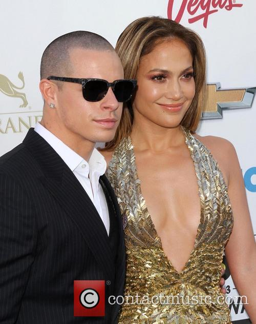 Casper Smart and Jennifer Lopez 1