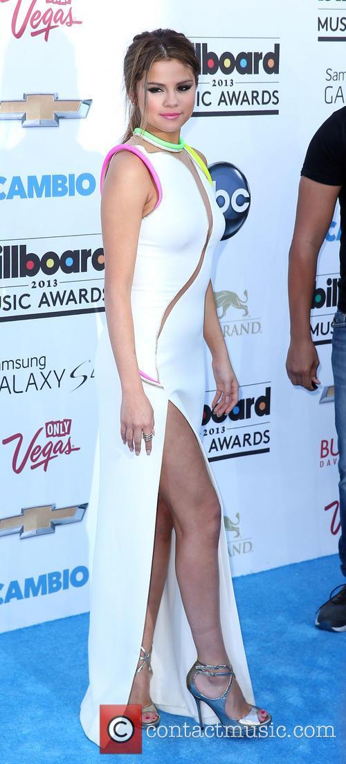 Selena Gomez at the 2013 Billboard Music Awards