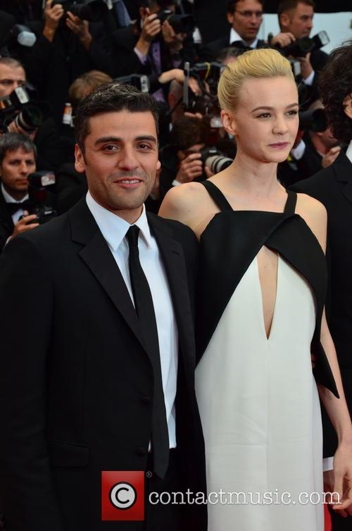 Carey Mulligan and Oscar Isaac 9
