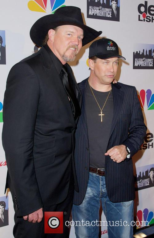 Trace Adkins: Charity Work & Causes - Look to the Stars