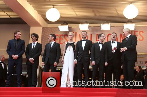 Garrett Hedlund, Joel Coen, Oscar Isaac, Carey Mulligan, Justin Timberlake, Ethan Coen, John Goodman and T-bone Burnett 3