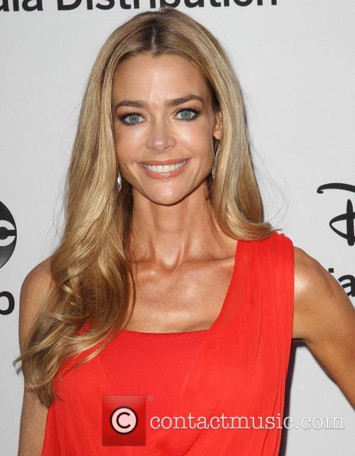 Denise Richards 7
