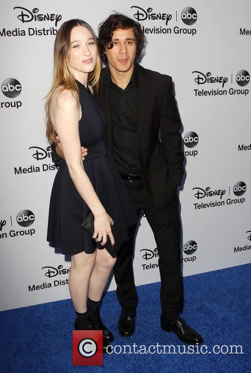 Sophie Lowe and Peter Gadiot 1