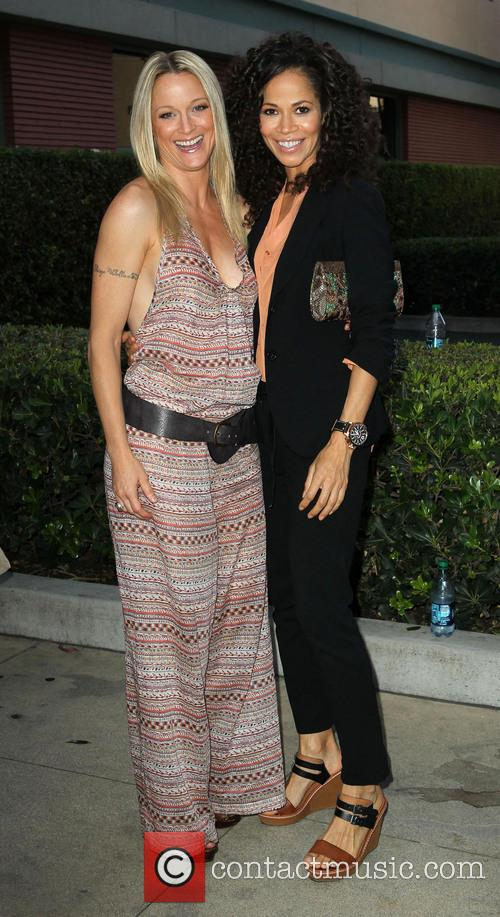 Teri Polo and Sherri Saum