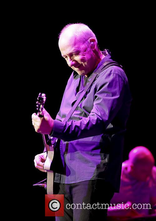 Mark Knopfler Performing In Concert