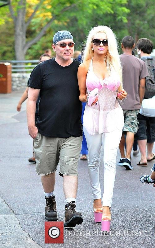 Courtney Stodden and Doug Hutchison 31