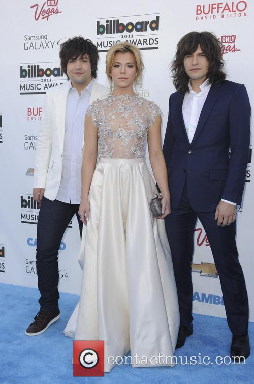 Billboard, Neli Perry, Kimberly Perry and Reid Perry 3