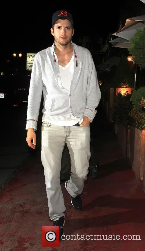 Ashton Kutcher leaving Shilohs restaurant with Yehuda Berg who is the head of the Kabbalah Centre