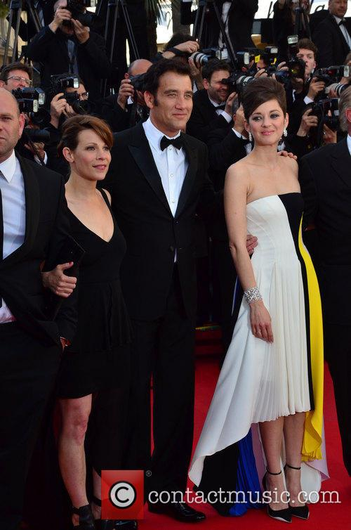 Clive Owen and Marion Cotillard 5