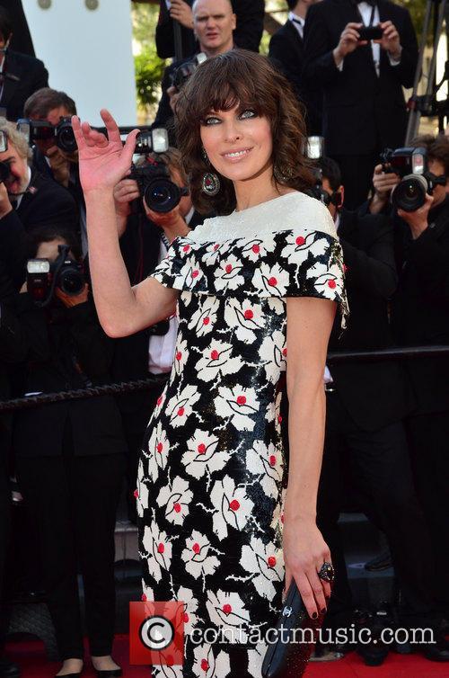 Mila Jovovich 4
