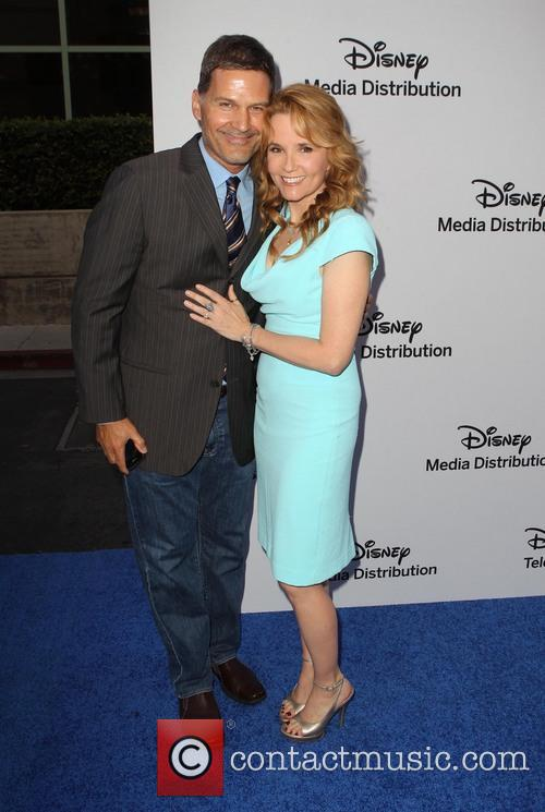 D.w. Moffett and Lea Thompson 4