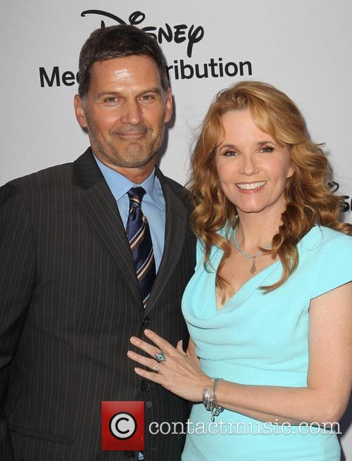 D.w. Moffett and Lea Thompson 7