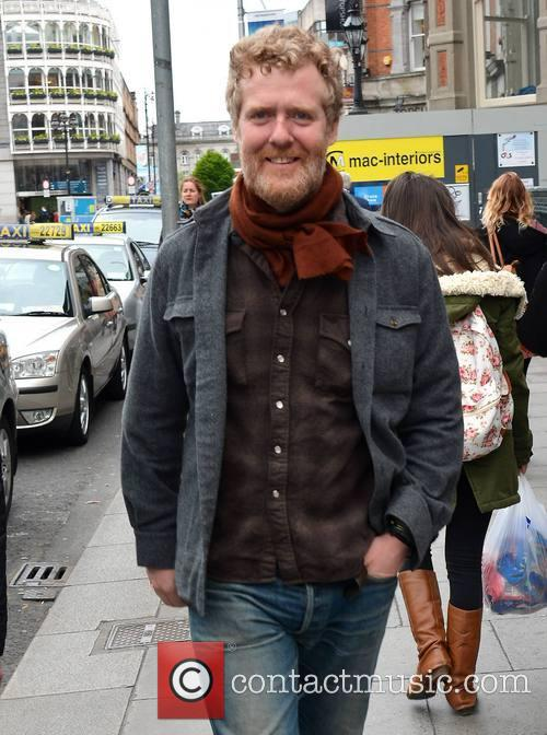Glen Hansard spotted walking on St Stephens Green