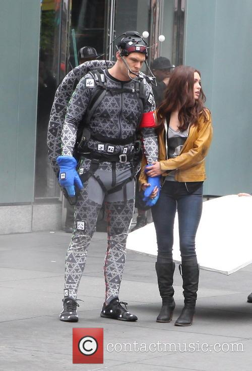 Alan Ritchson and Megan Fox 9