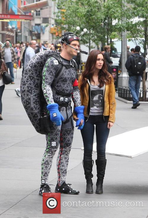 Alan Ritchson and Megan Fox 11