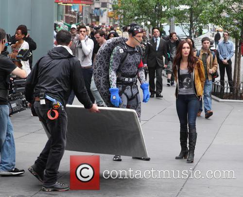 Alan Ritchson and Megan Fox 13