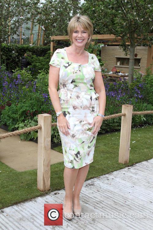 Ruth Langsford 8