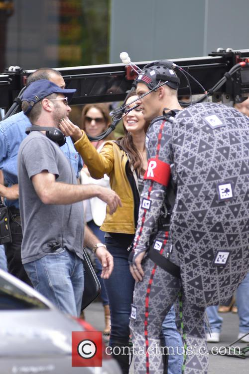 Megan Fox, Alan Ritchson, Times Square