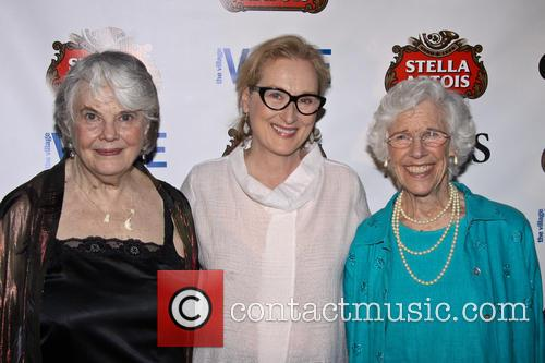 Louis Smith, Meryl Streep and Frances Sternhagen 1