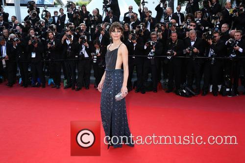 milla jovovich behind the candelabra premiere 3679196