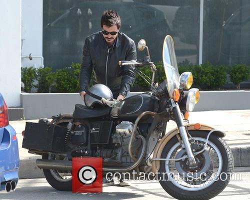 Ewan McGregor motorcycle ride